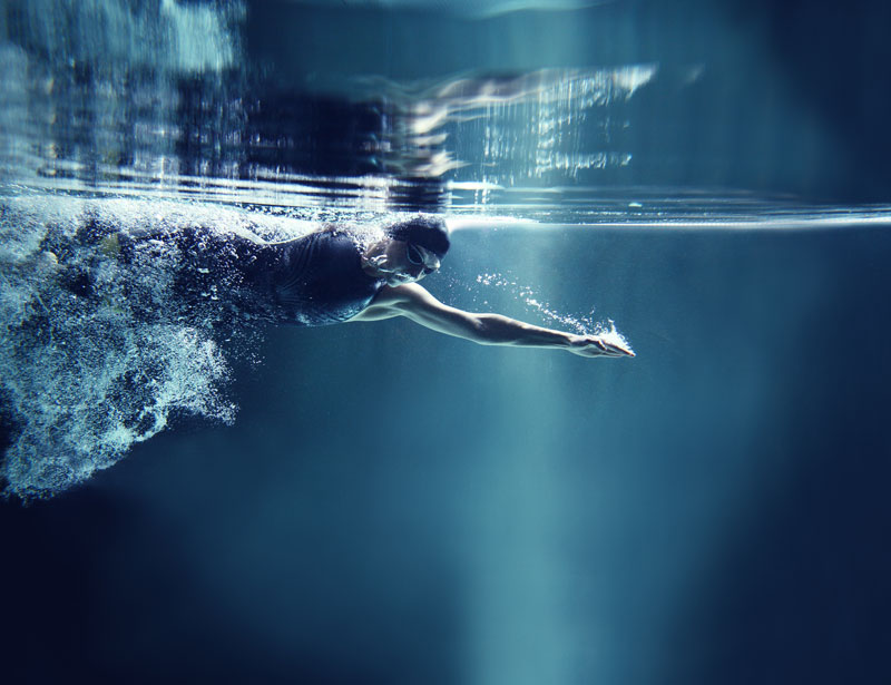 Deportista de élite. Nadador o nadadora