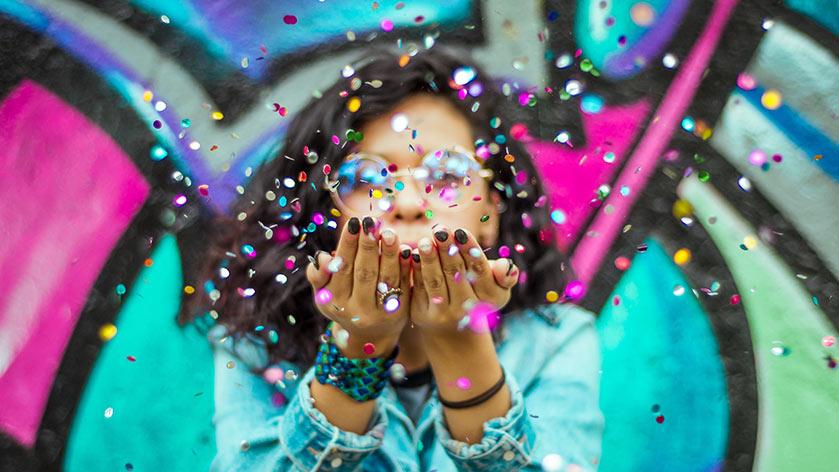 Imagen de una persona celebrando